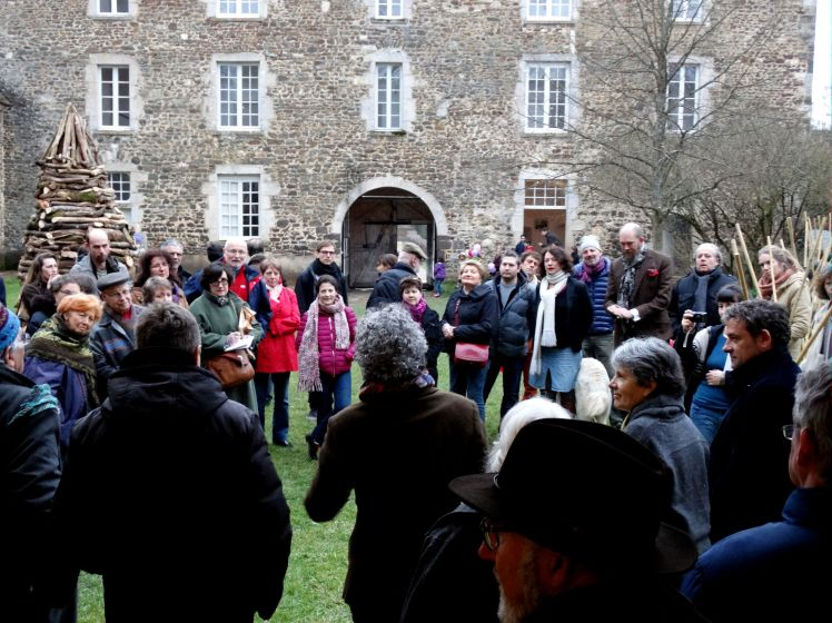 Vernissage nel parco di Chateau De Ratilly MARCO NONES
