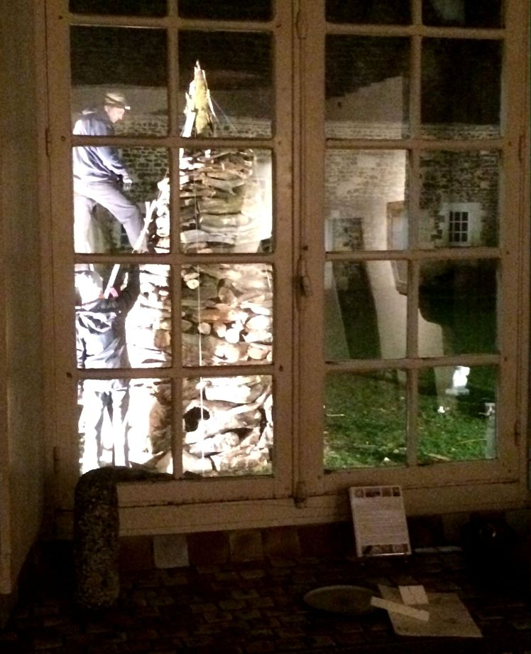 Work by night Marco Nones art installation Chateau De Ratilly